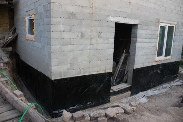 Гидроизоляция цокольного этажа и ростверка 2