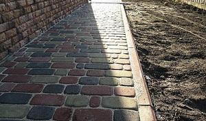 Устройство отмостки вокруг дома из бетона − оптимальные параметры бетонной отмостки 1