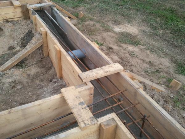 Делаем фундамент под баню со сливом 3