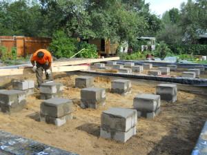 Как сделать столбчатый фундамент своими руками для каркасного дома 1