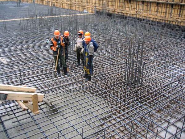 Как быстро бетон набирает прочность после заливки 2