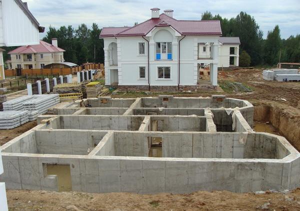 Фундаменты своими руками под жилой дом