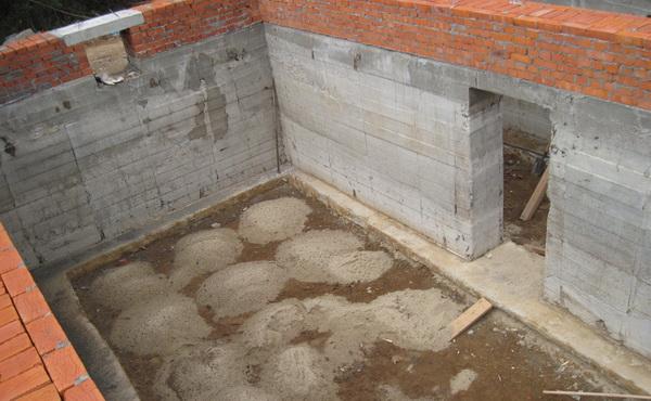 Строительство цокольного этажа частного дома своими руками 3